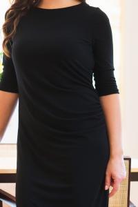 Dámské černé šaty s nařasením