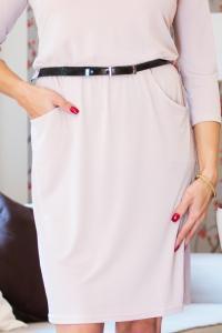 Dámské béžové šaty s kapsami