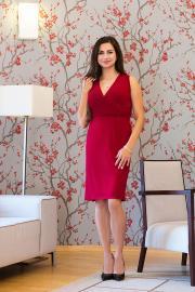 Elegantní krátké mini šaty vínové