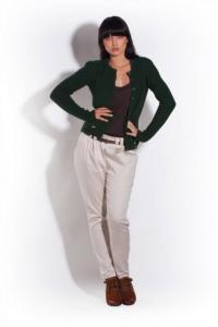 Zimní zelený svetr s kapsami MKM 14-1